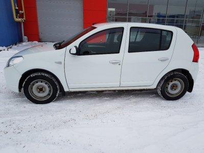 Renault Sandero  2013 г., 1.6л., Механика,
